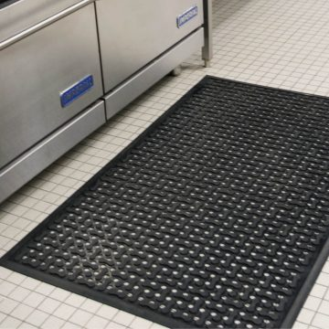 Clean Flow Rubber Mat